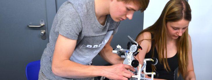 "6. Schüler-Ingenieur-Akademie ""Robotool"" gestartet"
