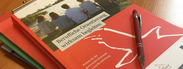 Berufliche Orientierung wirksam begleiten – neues Handbuch für die gymnasiale Oberstufe liegt vor