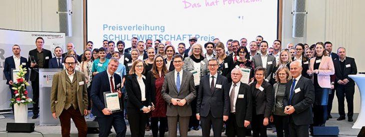"""SCHULEWIRTSCHAFT-Preis """"Das hat Potenzial!"""": Jetzt bewerben!"""