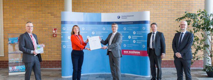Ausweitung der Kooperation mit der Handwerkskammer Potsdam